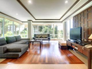 Karon Luxury Apartment - 150sqm - 2 bedroom - Karon vacation rentals