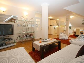 ZAGREBHOUSE4YOU LUXURY APARTMENT 2 - Zagreb vacation rentals