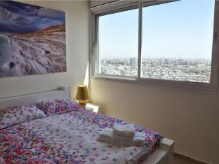 Modern 3-bedroom apt on 20th floor Yoseftal 3 - Bat Yam vacation rentals