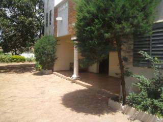 Nice Townhouse with Internet Access and A/C - Bamako vacation rentals