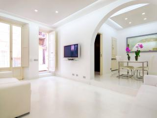 White Style Luxury Alcove - Rome vacation rentals