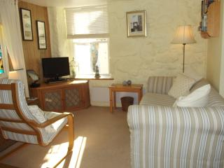Charming Condo with Washing Machine and Television - Mousehole vacation rentals