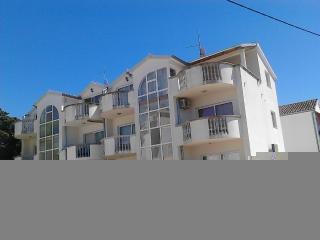 Ferienwohnung 6/8Pers, wunderschene Meer+Seeblick - Pakostane vacation rentals