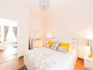 Albertine real pearl brussels center - Brussels vacation rentals