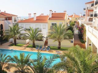 Fantastic holiday apartment (3 bedrooms) - Obidos vacation rentals