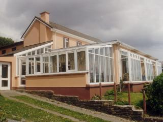 Lios Dána Lodge - Great for Large Groups - Inch vacation rentals