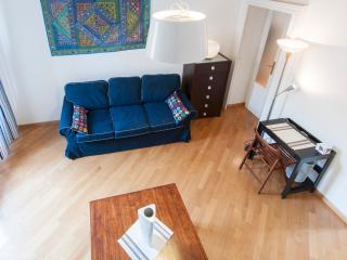 Nico&Cinzia Large Navigli Suite! - Milan vacation rentals