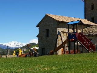 Holiday Cottage. Ainsa, Ordesa Park, Pyrenees - Ainsa vacation rentals