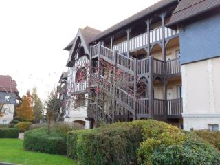 Romantic 1 bedroom Condo in Deauville - Deauville vacation rentals