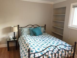 Cozy 2BR Luxury Apartment, Near Facebook and Stanford - Menlo Park vacation rentals