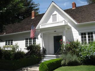 Hutchins House in Historical Downtown Lodi - Central Valley vacation rentals
