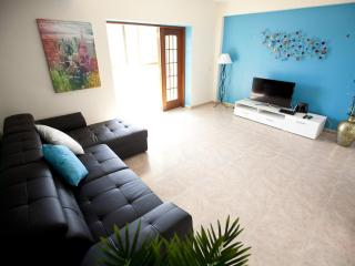 2 bedroom Condo with Internet Access in Cascais - Cascais vacation rentals