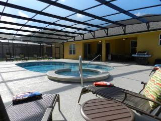 5 bedroom Villa with Internet Access in Davenport - Davenport vacation rentals