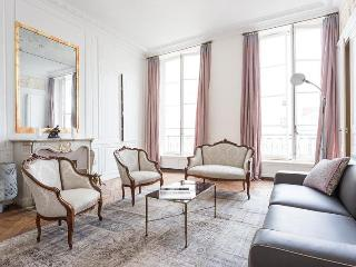 onefinestay - Rue Pavée apartment - Paris vacation rentals