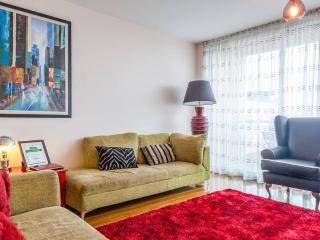 Luxury 3 bed apartment in Titanic Quarter - Belfast vacation rentals