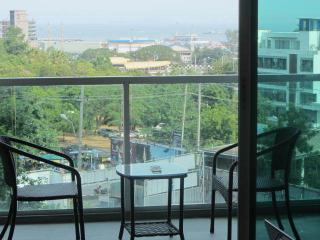 South Pattaya Luxury Studio for lease unit #A7-8 - Bang Lamung vacation rentals