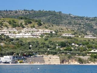 Residence al Porto - Aptenia - B - Mattinata vacation rentals