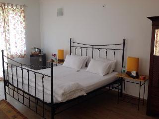 4 bedroom Bed and Breakfast with Internet Access in Carmona - Carmona vacation rentals