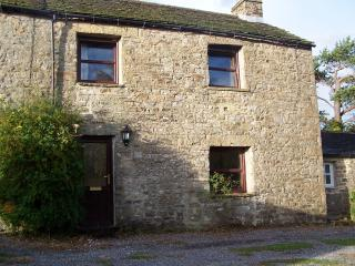 Comfortable Cottage with Internet Access and Satellite Or Cable TV - Reeth vacation rentals