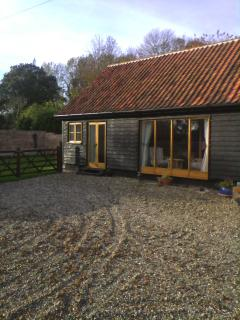 Lovely 3 bedroom Barn in Beccles with Deck - Beccles vacation rentals