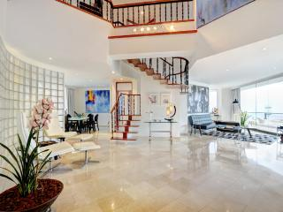Oliver Luxury Boutique Apartments In Medellin - Medellin vacation rentals
