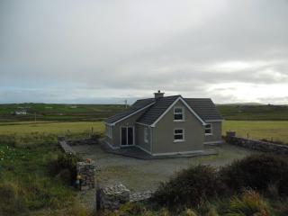 2 bedroom Cottage with Washing Machine in Belmullet - Belmullet vacation rentals