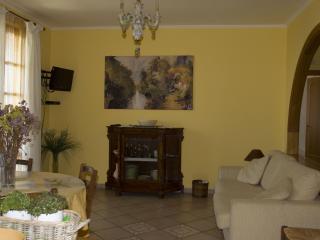 Nice 2 bedroom Villa in Sant'Agnello - Sant'Agnello vacation rentals