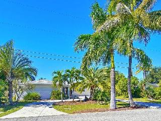 Vero BEACH Lakeview with Low Rates - Cape Coral vacation rentals