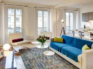 Elegant Parisian Apartment Le Rivoli in Fantastic Central Location - 11th Arrondissement Popincourt vacation rentals
