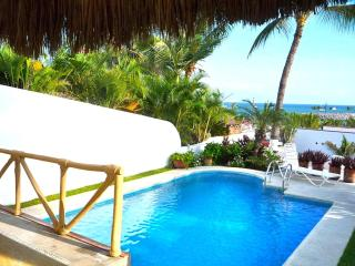 Topical Living in 2 bd Casa, Large Pool, at Marina - La Cruz de Huanacaxtle vacation rentals