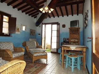 2 bedroom B&B with Deck in Citta della Pieve - Citta della Pieve vacation rentals