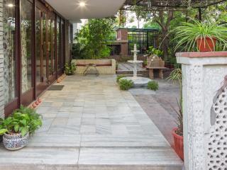 Magpie Villa, Jaipur - B&B in the heart of city - Jaipur vacation rentals