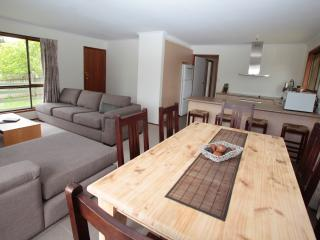 Beautifully renovated and furnished 3 bedroom Home - Cowes vacation rentals