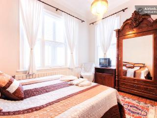 3 bedroom Chalet with Internet Access in Buyukada - Buyukada vacation rentals