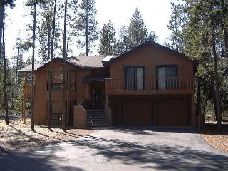 BGO01 Uncorked/PacAm Special! Stay 4-7 nights, every 3rd night free +15% off - Sunriver vacation rentals