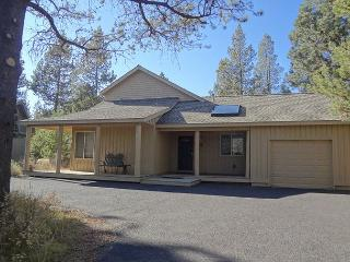 Great home for summer, air conditioning and Sharc included!! - Sunriver vacation rentals