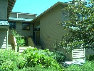 FV033 3rd Night Free Over  Memorial Day Weekend! - Sunriver vacation rentals