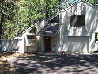JAY06 3rd Night Free Over Presidents' Day Weekend - Sunriver vacation rentals