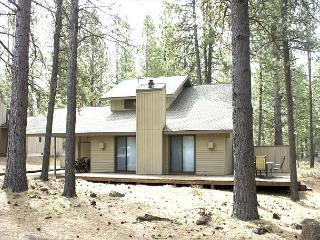 LOF09 4th Night Free Over Thanksgiving - Sunriver vacation rentals