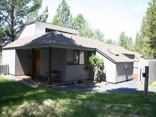 MH058 3rd Night Free Over Martin Luther King Weekend - Sunriver vacation rentals