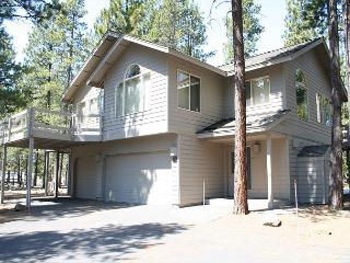 MTH13 3rd Night Free Over Presidents' Day Weekend - Sunriver vacation rentals
