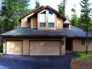 PLO14 3rd Night Free Over Presidents' Day Weekend - Sunriver vacation rentals