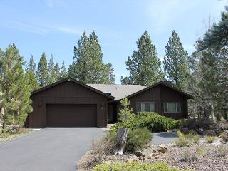 TIE04 3rd Night Free Over Presidents' Day Weekend - Sunriver vacation rentals