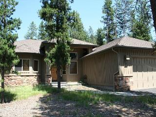 WHS01 4th Night Free Over Thanksgiving - Sunriver vacation rentals