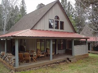 CF019 3rd Night Free Over Presidents' Day Weekend - Sunriver vacation rentals