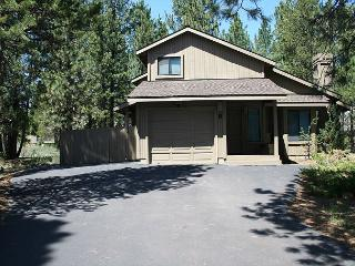 CYP08 3rd Night Free Over Presidents' Day Weekend - Sunriver vacation rentals