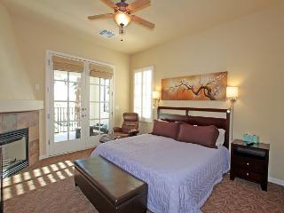 Cozy, Comfortable Legacy Villas Studio - La Quinta vacation rentals
