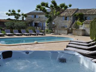 Gite pour 7 pers. avec piscine et jacuzzi 6 places - Richerenches vacation rentals