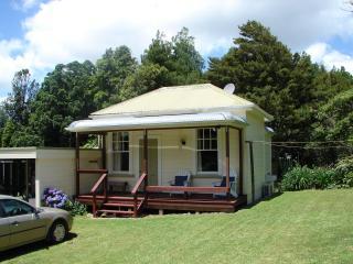 Anderson Cottage - Hamilton vacation rentals