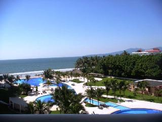 ** Comfy 3 Bdr CONDO BONITO at Villa Magna!! - Nuevo Vallarta vacation rentals